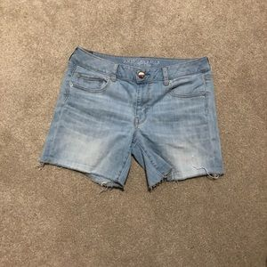 AEO Cut Off Midi Shorts